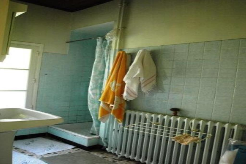 Le Breuilh salle de douche 1